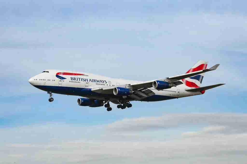 British Airways plane landing