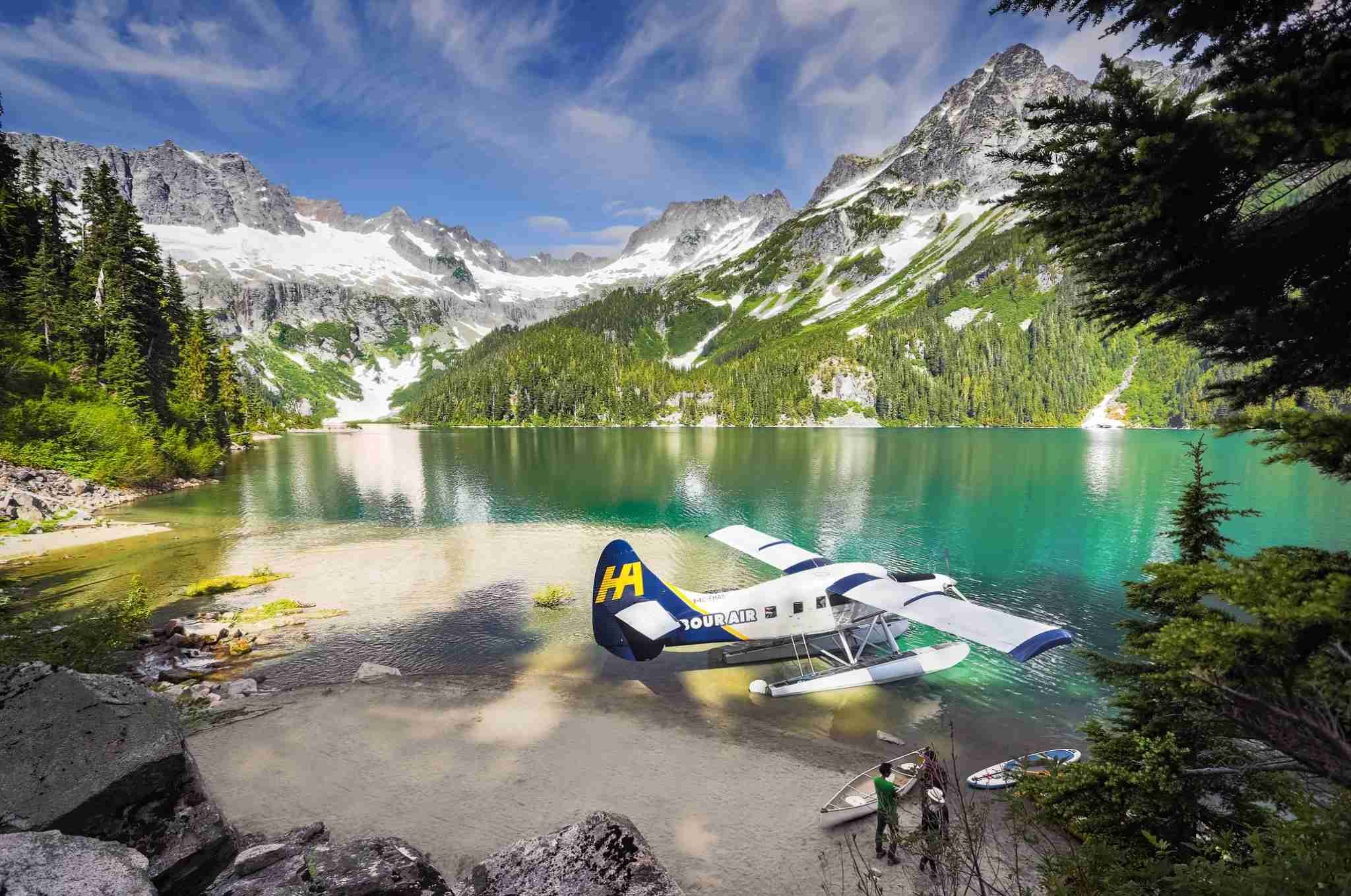 A Harbour Air Otter Aircraft on a B.C. lake. Image via Harbour Air.