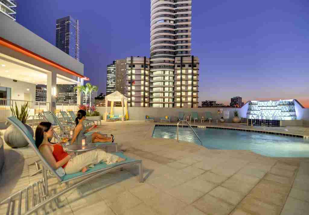 The pool with Miami skyline views at the Hampton Inn & Suites Miami/Brickell Downtown (Photo courtesy of Hilton)