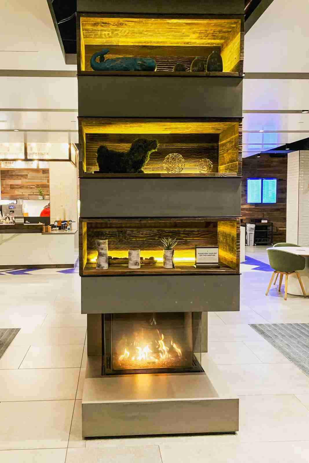 Fireplace in the JFK Alaska Airlines lounge. (Photo by Clint Henderson/The Points Guy)