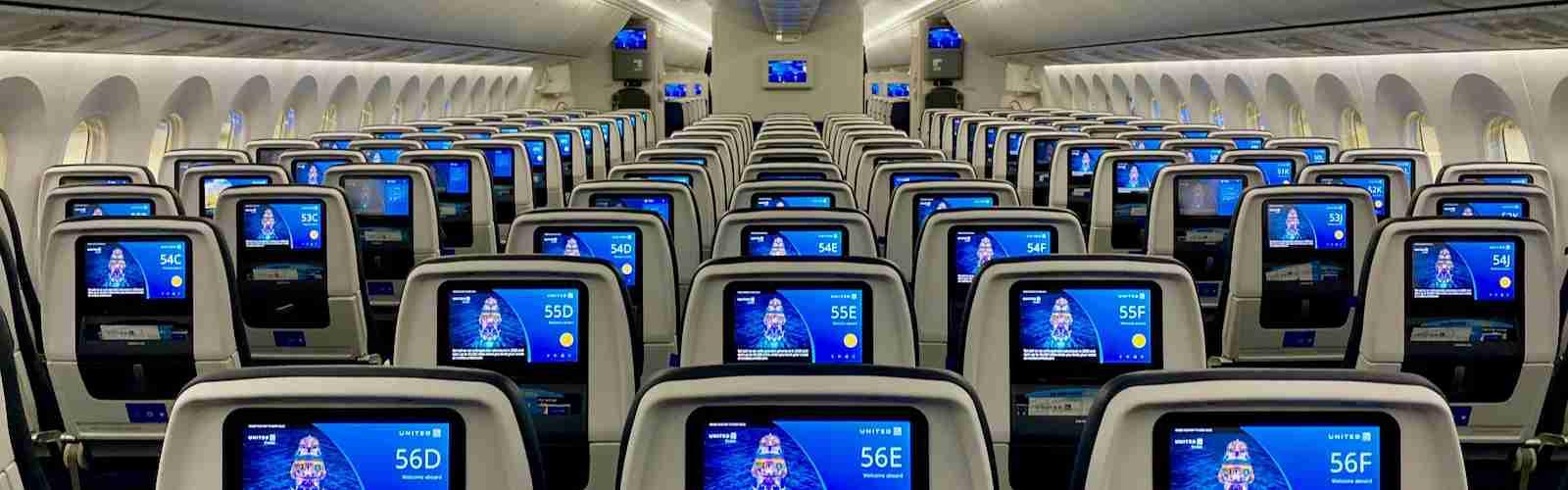 United Dreamliner Polaris Premium Plus Economy Cabins Zach Griff - 35