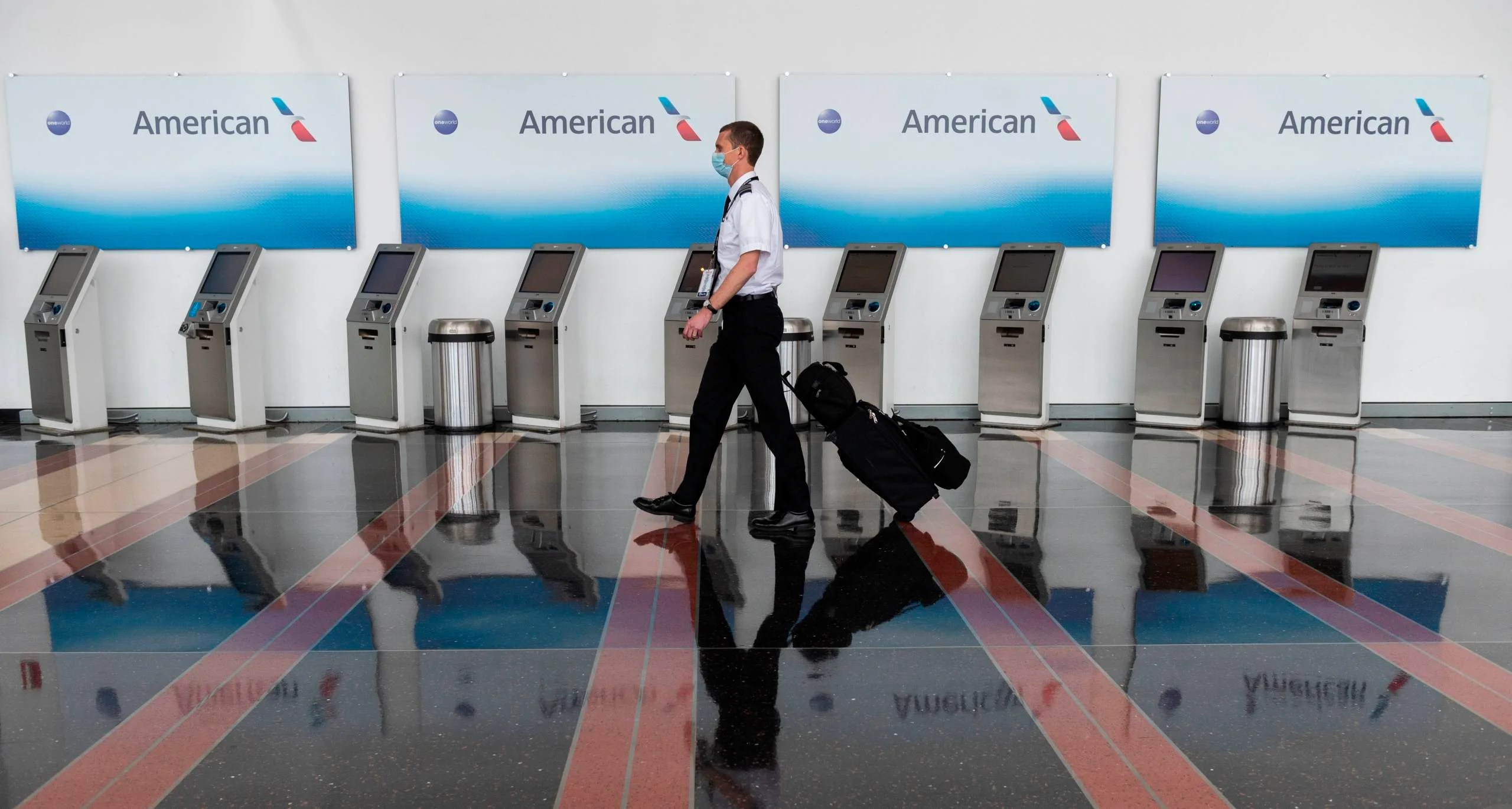 American Airlines pilots wants gov't to buy seats to protect jobs
