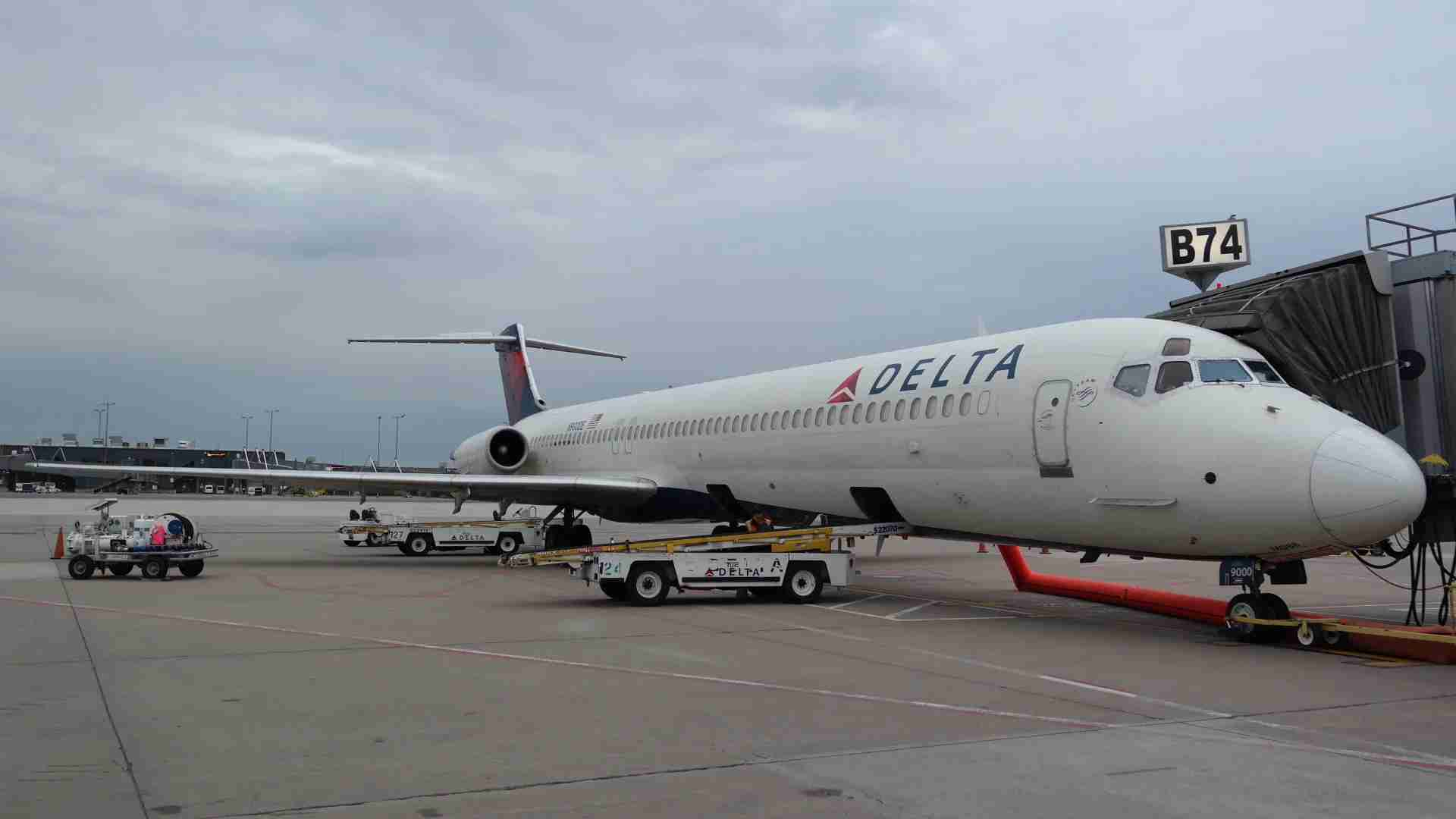 Delta retired its MD-88 fleet on June 2, 2020, with the final scheduled passenger departure from Washington Dulles airport. (Image by Edward Russell/TPG)
