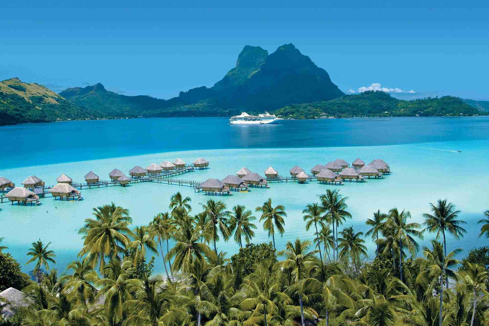 Paul Gauguin Cruises - Bora Bora