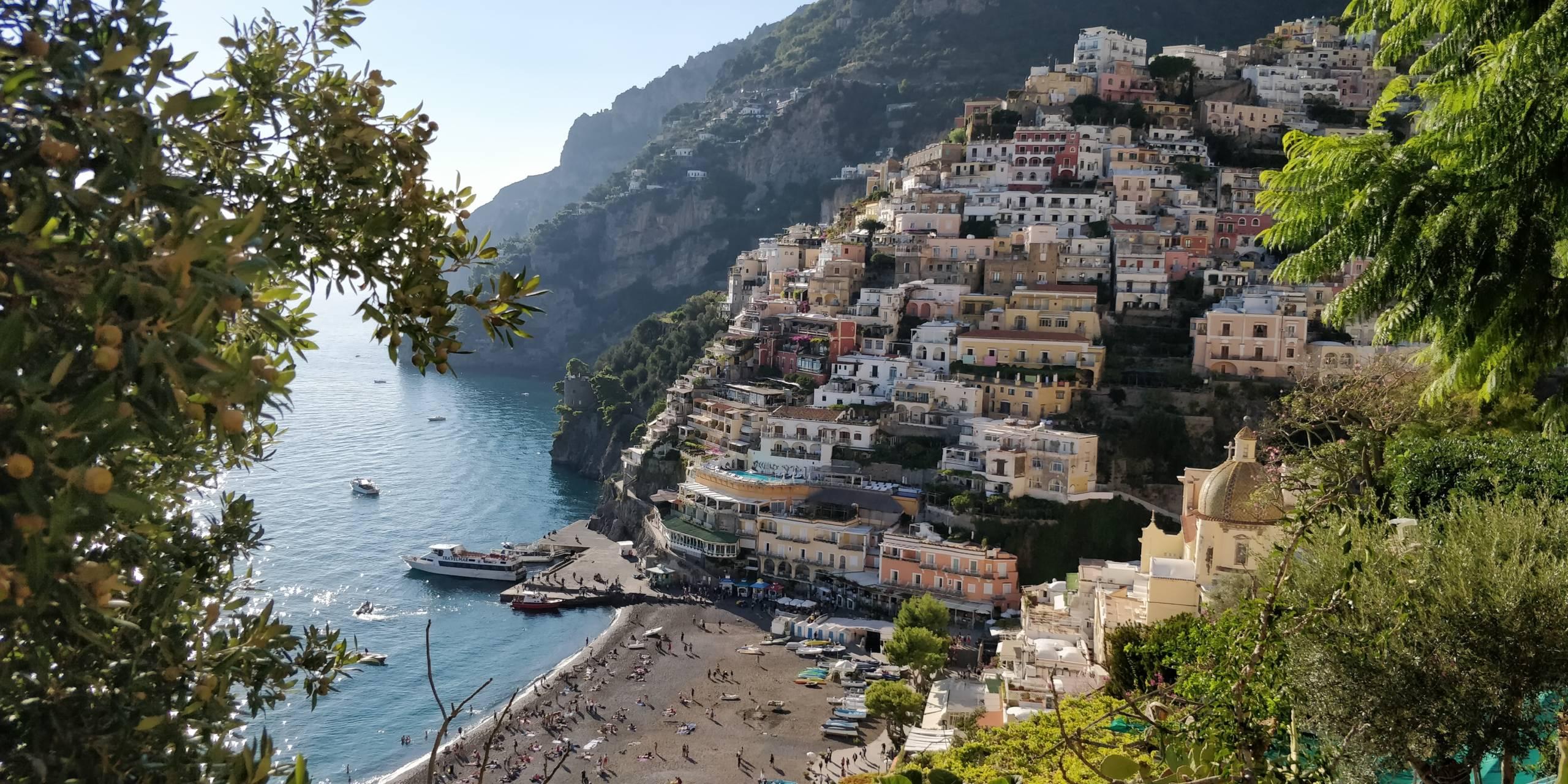 Where to Splurge and Where to Save on Italy's Amalfi Coast