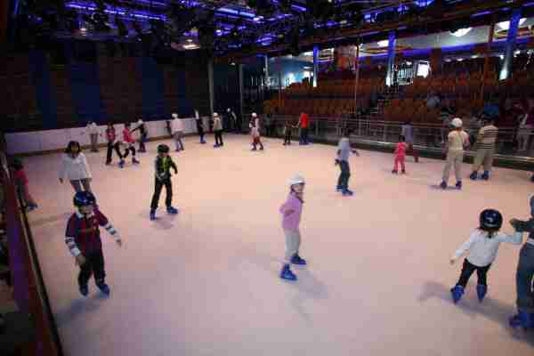 Passengers can ice skate on Royal Caribbean