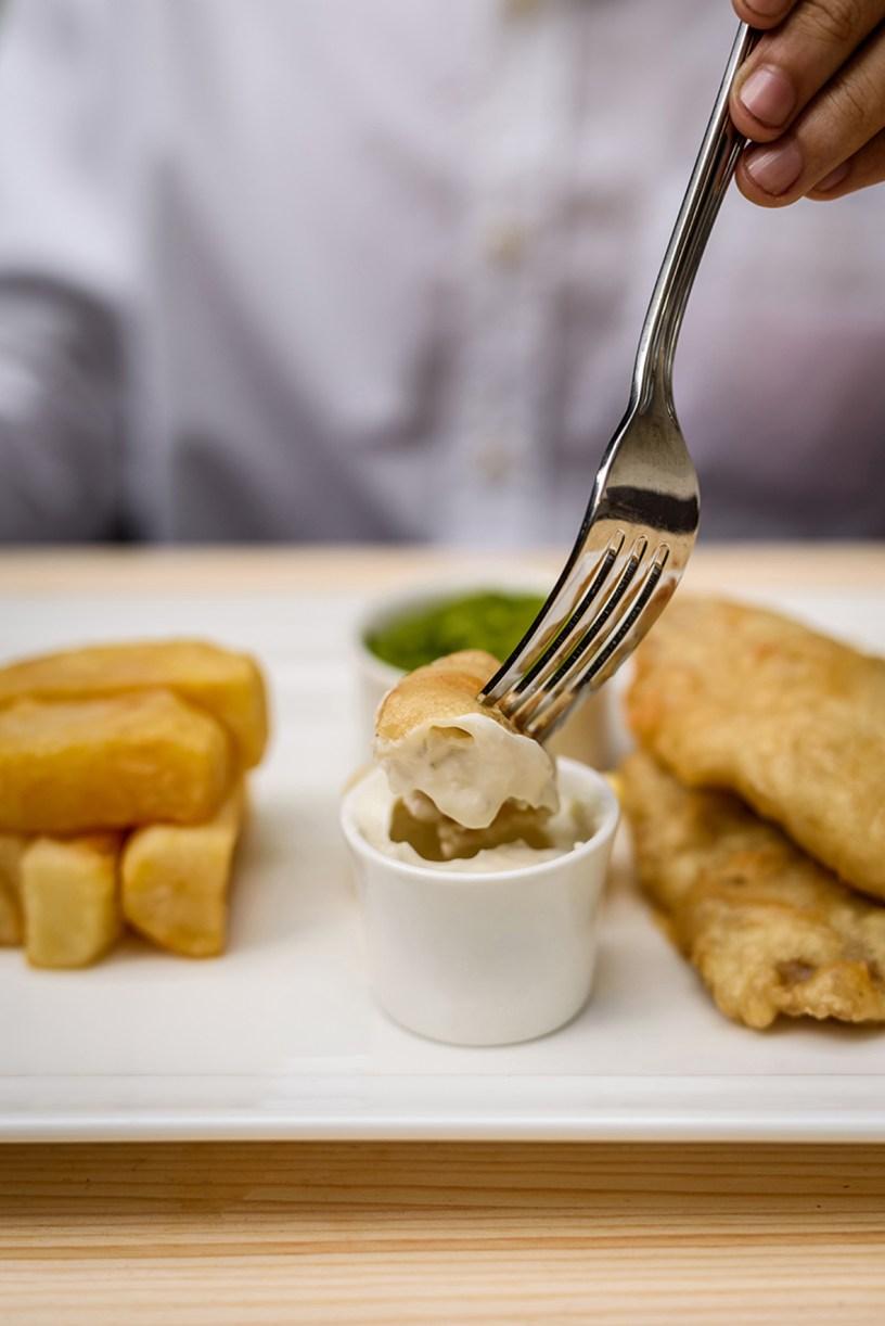 mcgettigans free fish chips day dubai uae