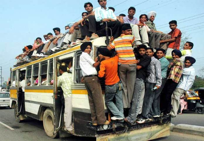instead-of-matro-railway-india-needs-more-busses-for-public-transport