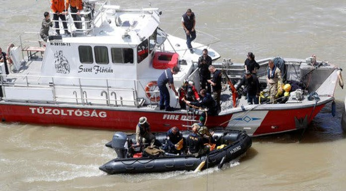 The unfortunate Budapest Boat Tragedy, 7 South Koreans die.