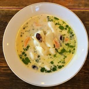 """""""Halibut"""" Soup - Plaice fish, Mussels, Raisins & Apples"""