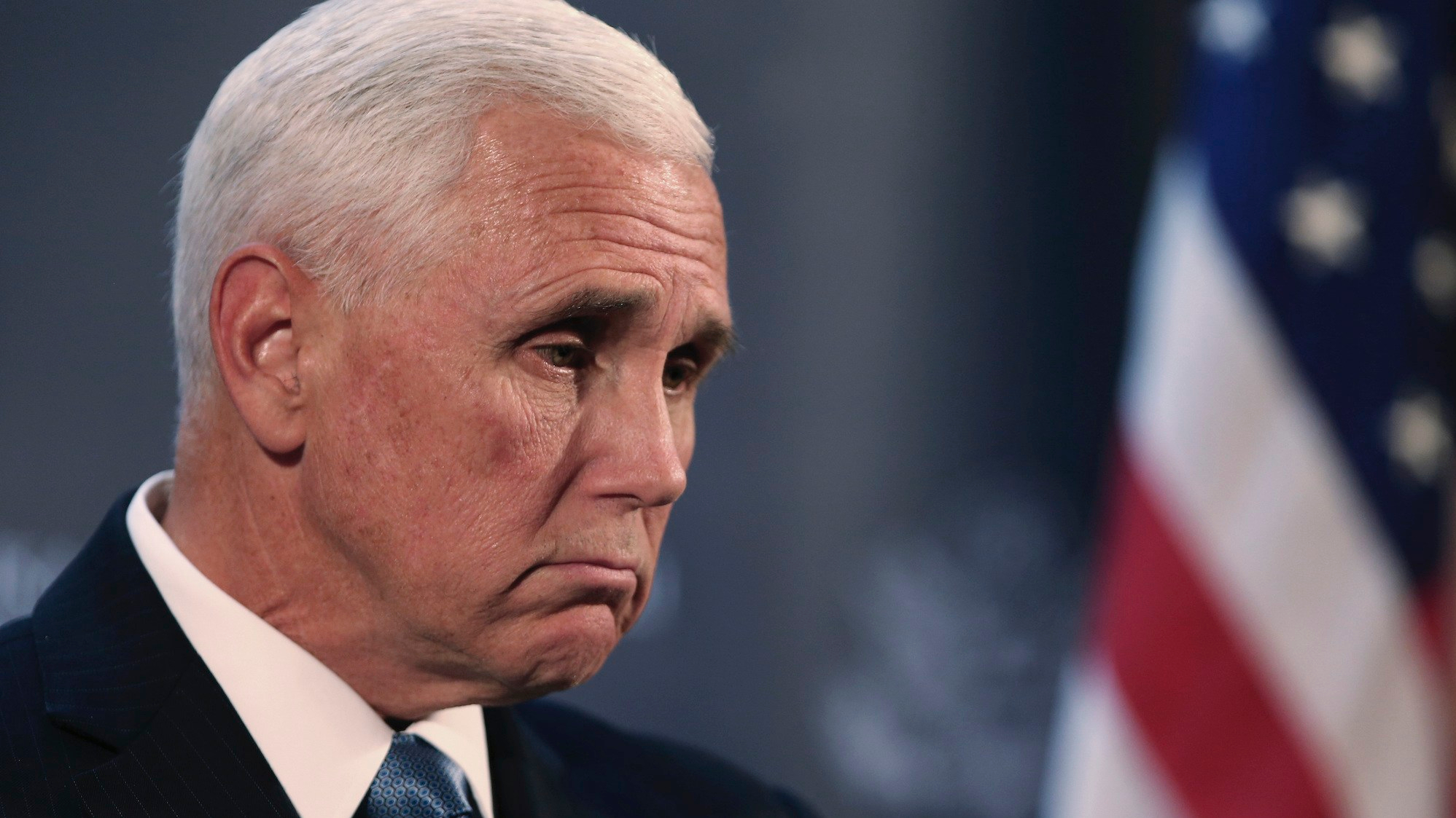 Pence,Mike Pence signs book deal,Mike Pence Writes Memoir,breaking news mike pence,mike pence news, Pence signs multimillion-dollar deal for memoir recounting his time as Trump's purse poodle, The Politicus