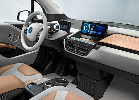 bmw-i3-wins-automotive-interiors-expo-award-2014-83040_1.jpg