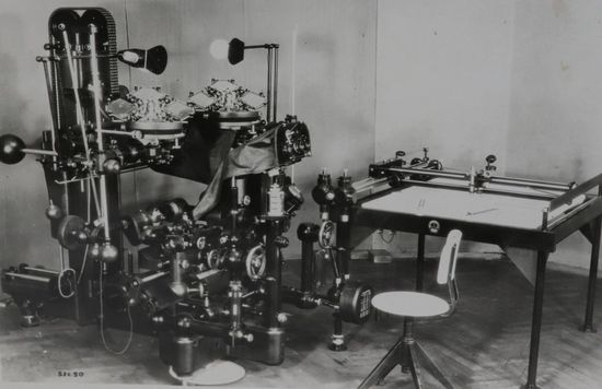 Hough's team shipped 371 boxes of captured German equipment to the U.S., including this stereoplanigraph made by renowned German optics firm Zeiss. (The National Archives)