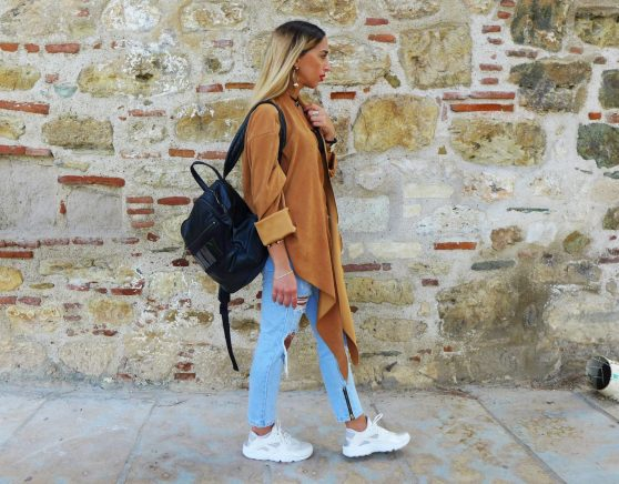 Sneaks and jeans for Fall