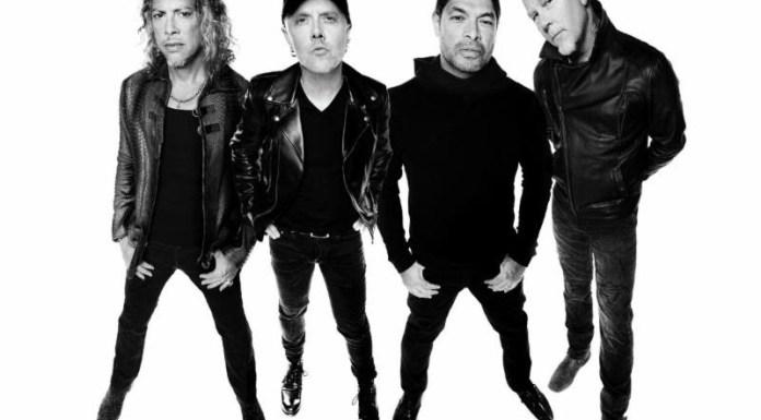 Metallica posed.