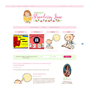 Reading on Strawberry Lane - Custom Deluxe WordPress Blog Design