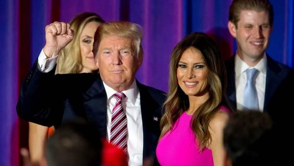 Donald-Trump-Melania-republicana-AP_CLAIMA20160718_0184_28