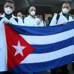 """De manual: ahora tendremos """"médicos"""" cubanos"""