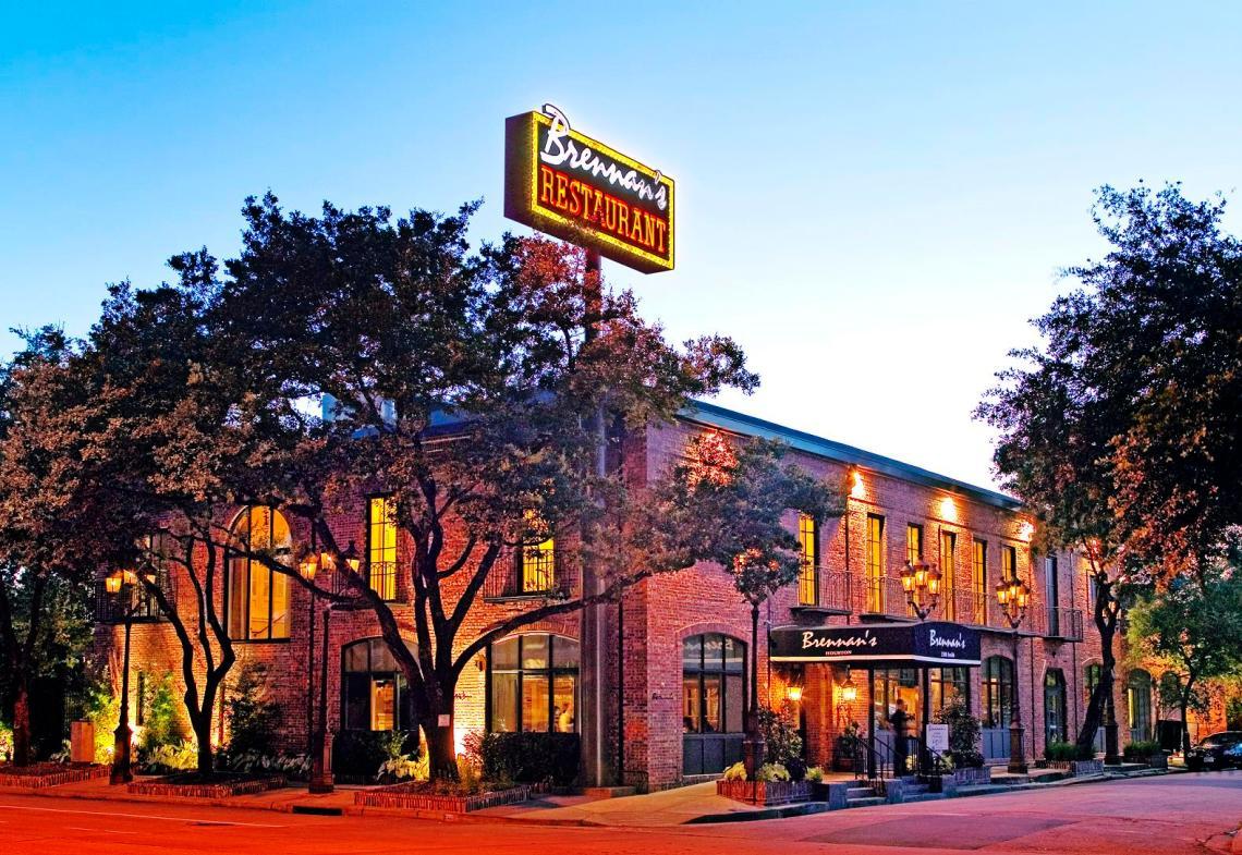 Brennan's in Houston, TX | The Postman's Knock