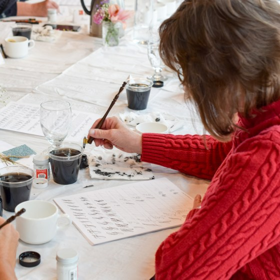This workshop will teach you all the basics of modern calligraphy: strokes, pen grip, best materials, and best practices for improvement!