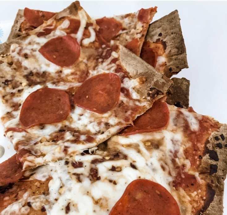 Easy Flatbread Pizza