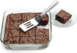 a small brownie spatula