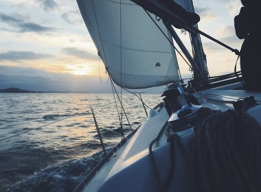 You could conceivably bug out by boat if you live within a short drive from the coast, lake, large river or even stream. Before you throw in with Gilligan and the Skipper though, here are some things to consider.