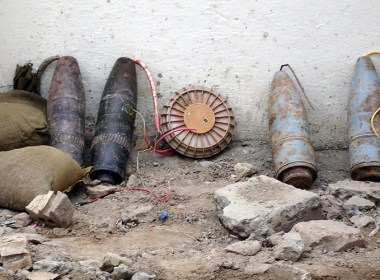 If you are working in the center of a large city, like London or New York, or are working in the emerging markets, where bomb scares are not unusual, it is possible that you may get caught up in an Improvised Explosive Device incident.