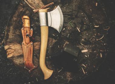 Bushcraft Tools for Overlanding