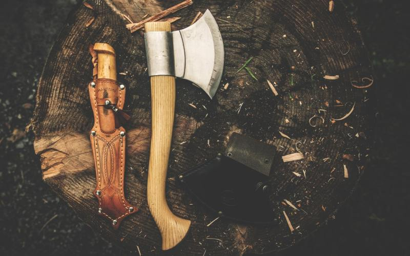 Bushcraft Tools for Overlanding
