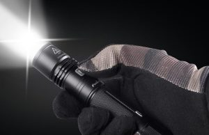 what is a tactical flashlight