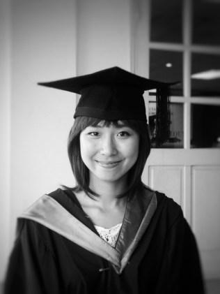 Chi Nguyen_Graduation_2011