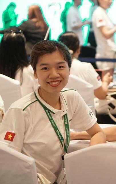 """Làm 7 công việc trong vòng 4 năm – Trải nghiệm của cô gái """"đa nghề"""" Hoàng Minh Trang (Phần 1/2)"""