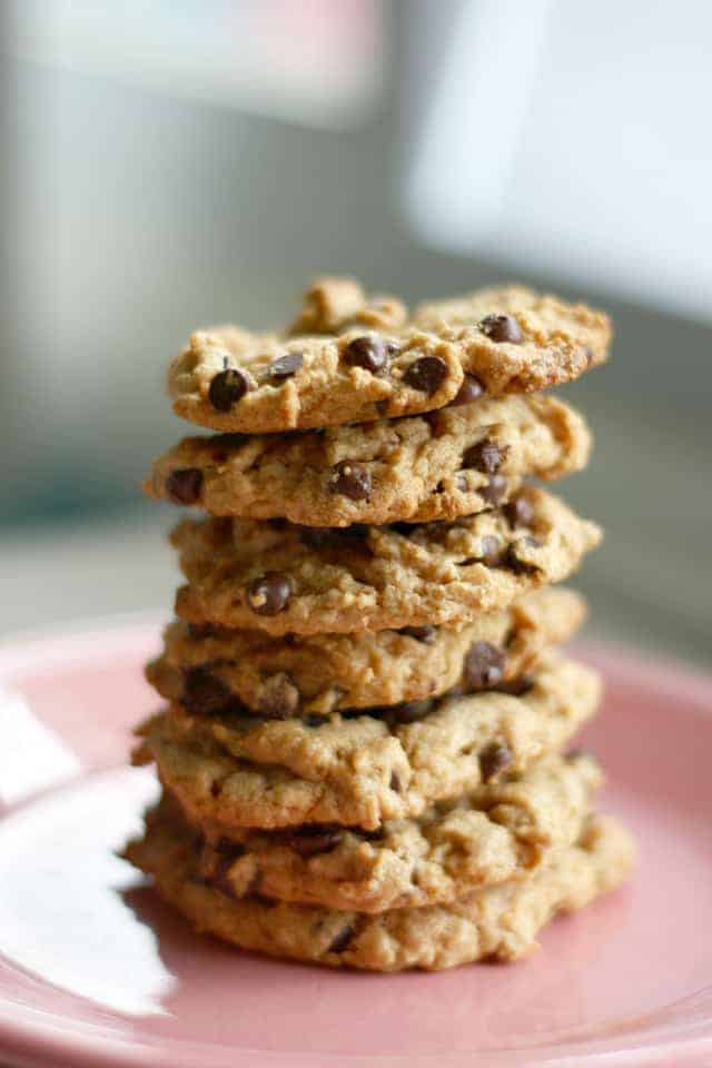 gluten free and vegan peanut butter chocolate chip cookies