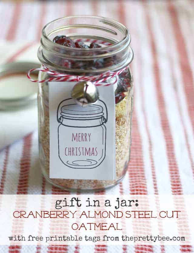 An easy, healthy recipe for cranberry almond oatmeal - a holiday gift in a jar.