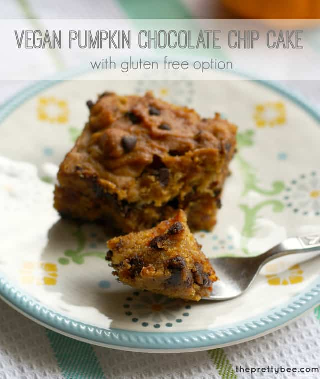 A recipe for vegan pumpkin chocolate chip cake that has a gluten free option!