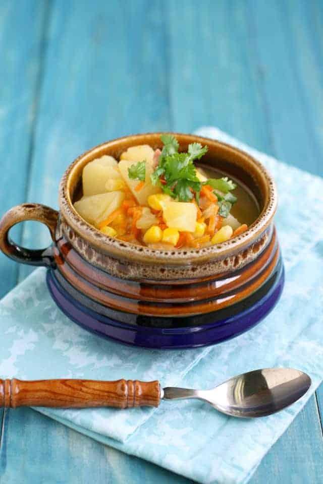 slow cooker corn potato soup