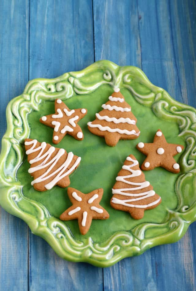 frosted vegan gingerbread cookies