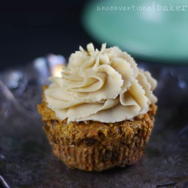 Raw carrot cake cupcakes from Unconventional Baker - 40 Delicious Vegan Cupcake Recipes on theprettybee.com #cupcakes