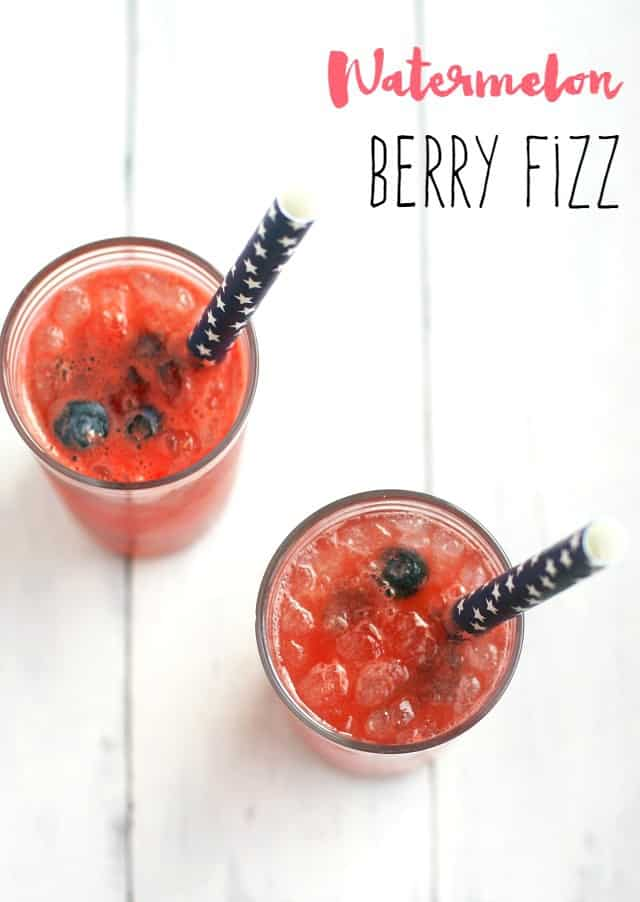 Watermelon Berry Fizz - the easiest drink for summer time!
