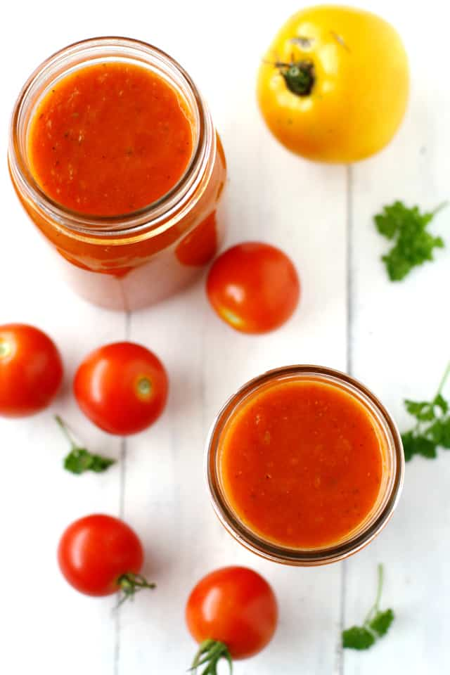 Slow cooker marinara sauce is easy to make, and a great way to use up all those garden tomatoes!