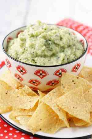 A creamy and healthy dip made from zucchini, white beans, and garlic.