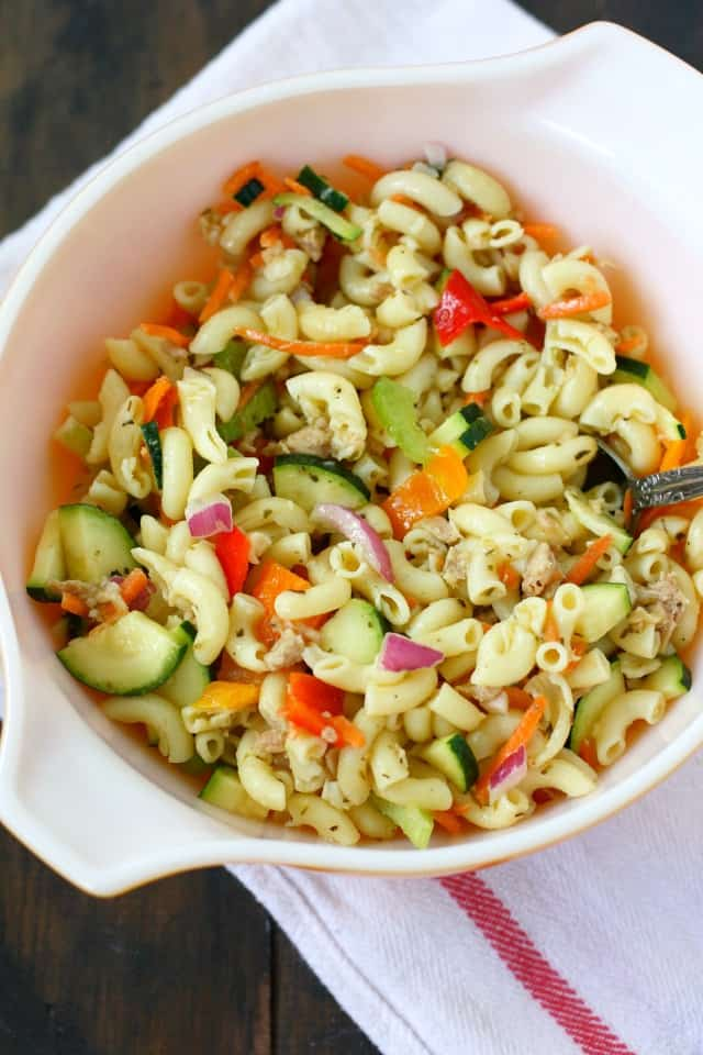 Simple Macaroni Salad Recipe Without Mayo. - The Pretty Bee