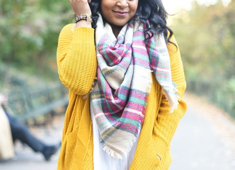 thanksgiving outfit ideas, thanksgiving outfit inspiration, fall fashion, fall style, fall booties, affordable fashion, affordable style, how to layer, chunky sweater, mustard sweater