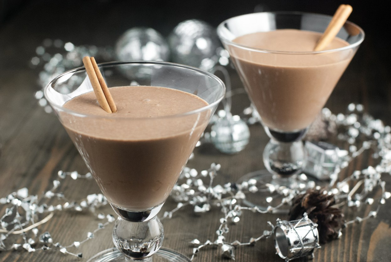 A fun twist on the classic eggnog, this healthy chocolate eggnog is dairy free, refined sugar free, and paleo for a fun, healthier option this Christmas! https://www.theprimaldesire.com/healthy-chocolate-eggnog/