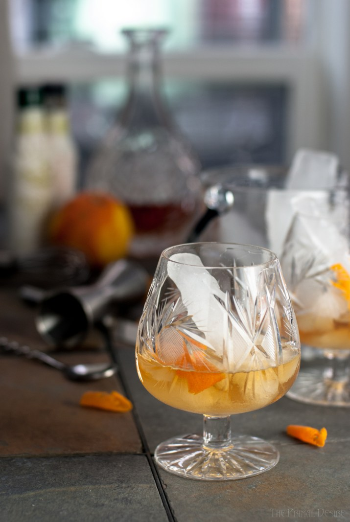 "The Old Fashioned cocktail is so ""grown up"". This is an old-fashioned Old Fashioned because we used paleo ice! http://wp.me/p4Aygm-2oa"
