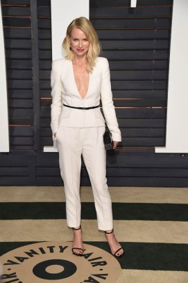 BEVERLY HILLS, CA - FEBRUARY 22: Naomi Watts attends 2015 Vanity Fair Oscar Party Hosted By Graydon Carter at Wallis Annenberg Center for the Performing Arts on February 22, 2015 in Beverly Hills, California. (Photo by Venturelli/Getty Images)