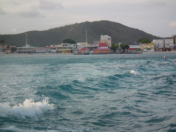 With as many as eight ships in a day in port at Phillips-burg at Sint Maarten, with as many as 15,000 to 20,000 tourists arriving, the opportunities for criminals abound.  THE PRIVATEER CLAUSE photo