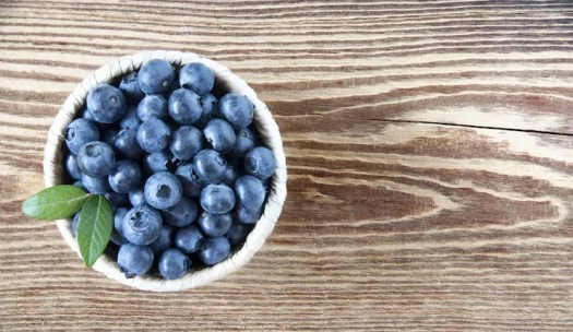 Fresh blueberries - one of 8 essential superfoods for weight loss   the Progress app