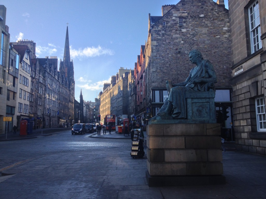 Visiting Edinburgh in Wintertime - The Project Lifestyle